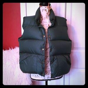 {vintage} Goose Down L.L.Bean Green Puffer Vest. L